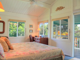 Master Suite with Private Lanai and Ensuite Bath